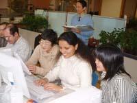 多様な人々に利用される西部MMCで活躍するPCリーダー