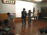 安間川をテーマに取材した内容を劇で伝える